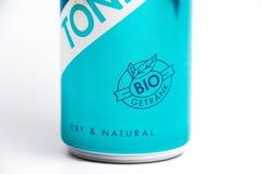 Geneva/Switzerland-15 07 18: Ny Red Bull för stärkande vatten organisk auktoriserad revisor Arkivfoto