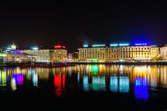 Genewa przy nocą, Szwajcaria Fotografia Royalty Free