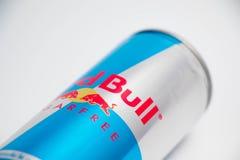 Genewa/Switzerland-16 07 18: Czerwony byka cukieru bezpłatnej energii napój obraz stock
