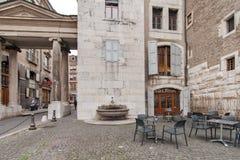 GENEWA SZWAJCARIA, PAŹDZIERNIK, - 30, 2015: Ulica w Starym miasteczku miasto Genewa Fotografia Royalty Free