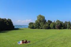 GENEWA SZWAJCARIA, WRZESIEŃ, - 07: Parkowy losu angeles folwarczek, Genewa, Szwajcaria Wrzesień 07, 2012 Obrazy Stock