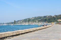 GENEWA, WRZESIEŃ - 07: Nabrzeże przy Jeziornym Lemańskim Wrześniem 07, 2 Obrazy Royalty Free
