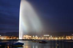 Genf bis zum Night Stockfotos