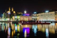 Genf nachts, die Schweiz Stockbilder