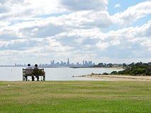 Genießen der Melbourne-Skyline Lizenzfreie Stockfotos