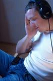 Genießen der Musik. Lizenzfreies Stockfoto