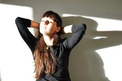 Genießen der warmen Leuchte Stockfotografie