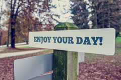 Genießen Sie Ihr Tageszeichen Lizenzfreies Stockfoto