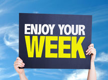 Genießen Sie Ihre Wochenkarte mit Himmelhintergrund Lizenzfreie Stockfotos