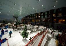 Genießen Sie Schnee in der Wüste bei Ski Dubai Lizenzfreies Stockfoto