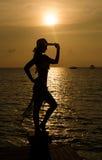 Geniet van de zonsondergang Stock Foto