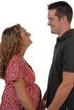 Genitori da essere coppie nell'amore fotografia stock libera da diritti