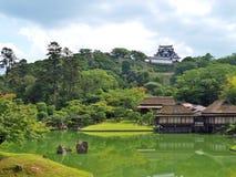 Genkyuen trädgård i Hikone, Japan Arkivfoton