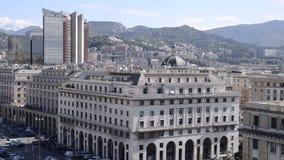 Genoa Center avec l'architecture fasciste intéressante d'ère banque de vidéos