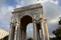 Genoa Victory Arch Memorial - Genoa Landmarks royaltyfria foton
