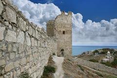 Genoese fästning i town av Feodosia Arkivbild