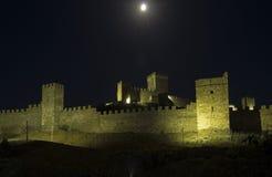 Genoese fästning på natten crimea fotografering för bildbyråer