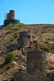Genoese fästningCembalo i den Balaklava hamnen, Krim royaltyfri foto