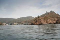 Genoese Festung über der Bucht von Balaklava Lizenzfreie Stockfotos