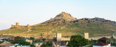 Genoese Festung in der Stadt von Sudak Stockbild