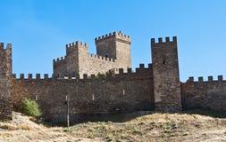 Genoese Festung in Sudac Lizenzfreie Stockbilder