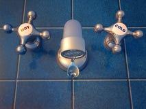 genomblöt vattenkran Royaltyfri Bild