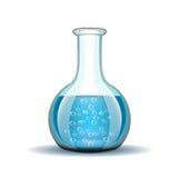 Genomskinlig flaska för kemiskt laboratorium med blått Fotografering för Bildbyråer