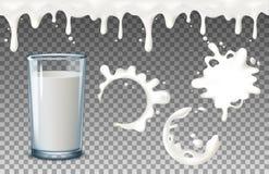 Genomskinliga realistiska genomskinliga exponeringsglas, att hälla mjölkar färgstänk, mycket och tomt exponeringsglas, genomblöta Arkivbild