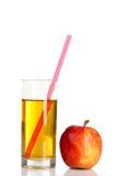 genomskinligt för glass fruktsaft för bild för mat för äpplen för äpple 3d begreppsmässigt fallande naturligt Arkivfoton