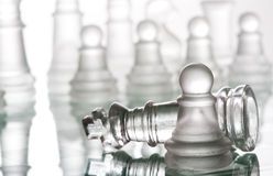 Genomskinligt glass schack Arkivbilder