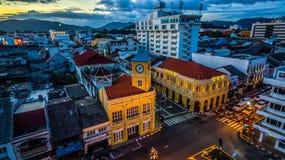 Genomskärning för flyg- sikt i den Phuket staden Royaltyfri Bild