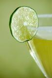 genomträngande limefrukt royaltyfri bild
