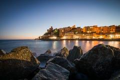 Genova på solnedgången Arkivfoton
