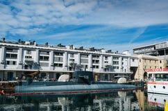 GENOVA WŁOCHY, CZERWIEC, - 21, 2016: S518 Nazario Sauro łódź podwodna, nawracająca muzealny statek w genui jako część Galata Denn zdjęcie stock