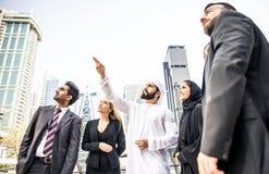 Gens d'affaires arabes et occidentaux Image libre de droits