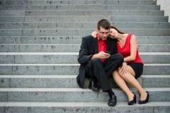 Gens d'affaires avec le smartphone Images libres de droits