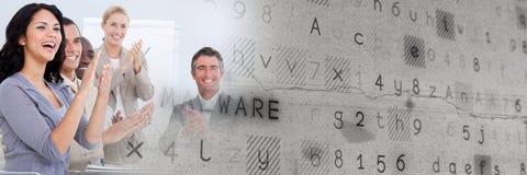 Gens d'affaires battant avec la transition grise de texture image stock