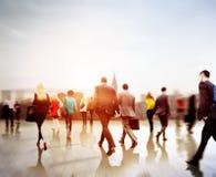 Gens d'affaires d'heure de pointe de concept de permutation de marche de ville photos libres de droits