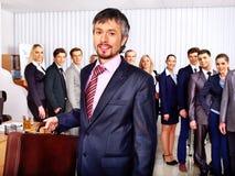 Gens d'affaires de groupe dans le bureau. Photographie stock
