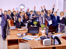 Gens d'affaires de groupe dans le bureau photographie stock