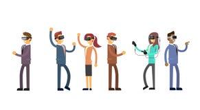Gens d'affaires de groupe de Team Wear Virtual Reality Digital de casque en verre Photos stock