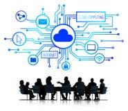 Gens d'affaires discutant des concepts de calcul de nuage image stock
