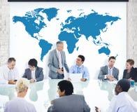 Gens d'affaires divers lors d'une réunion Images libres de droits