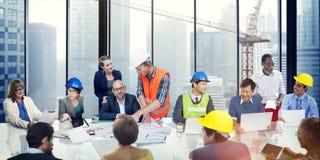 Gens d'affaires rencontrant l'ingénieur Corporate Concept d'architecte images stock