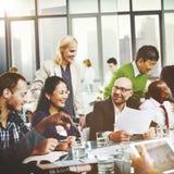 Gens d'affaires rencontrant le concept d'entreprise de travail d'équipe d'amitié Photographie stock libre de droits