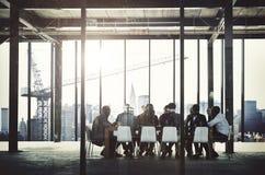 Gens d'affaires rencontrant le concept de travail d'équipe de communication corporate photo stock
