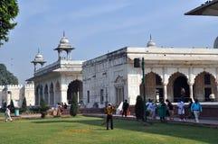 Gens indiens dans le fort rouge, vieux Delhi. Photos libres de droits