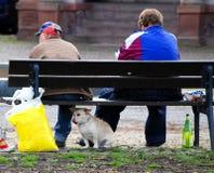 Gente borracha pobre diaria Imagen de archivo libre de regalías