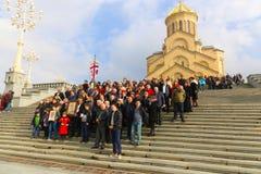 Gente cristiana en la catedral Fotografía de archivo libre de regalías