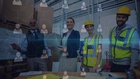 Gente de la composición de Warehouse que trabaja en el almacén combinado con la animación del connecte almacen de video